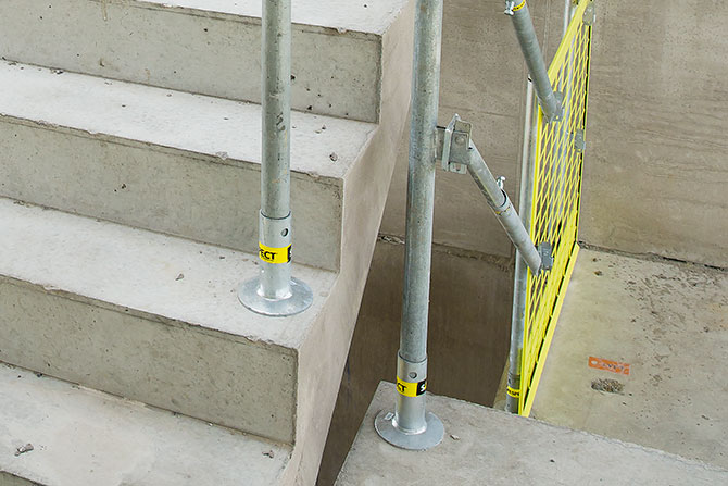 stairs_safetyrespect_3471c